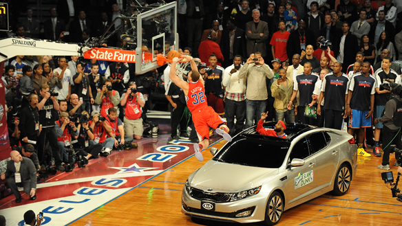 GRIFFIN WINS DUNK CONTEST