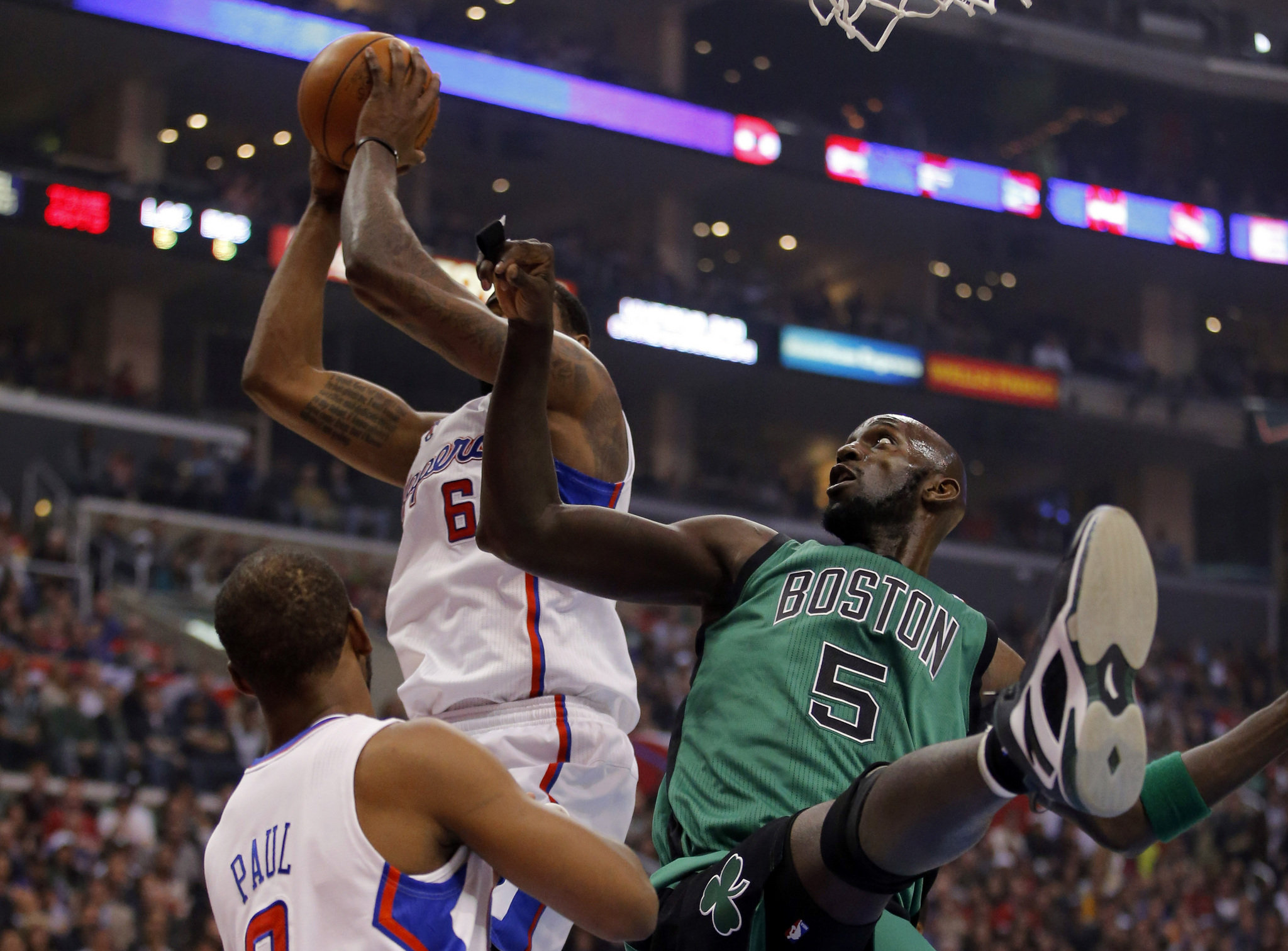 Clippers Beat Boston 106-77